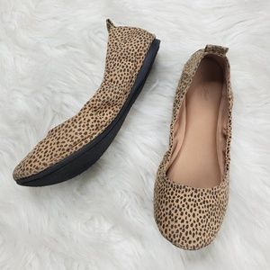 Universal Thread Shoes - Universal Threads Cheetah Print Flats size 8